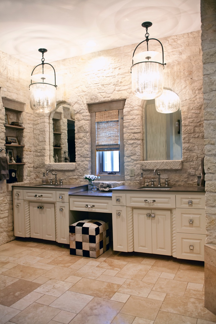 Shoreview Farmhouse Master Bath
