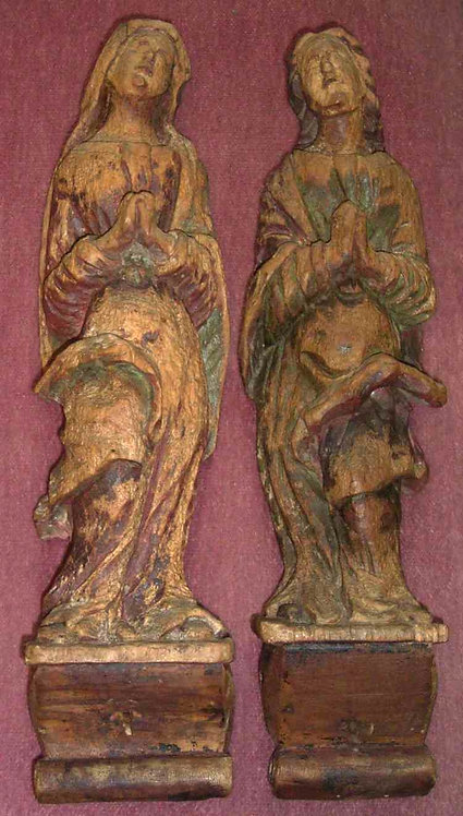 Wood sculptures of two saints, 17th century  (L25)