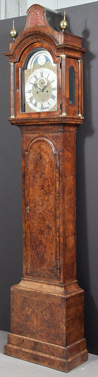 An English figured walnut longcase clock, circa 1740  (U06)
