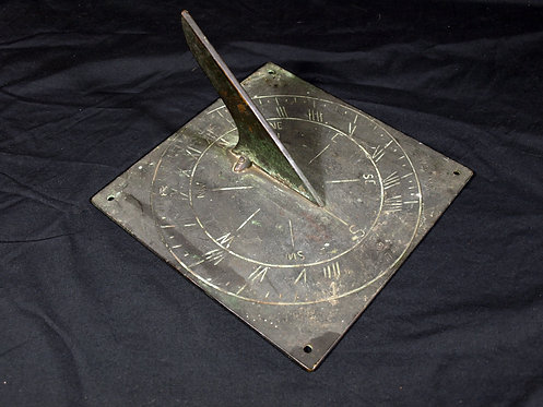 An English bronze sundial, dated 1744 (T08)