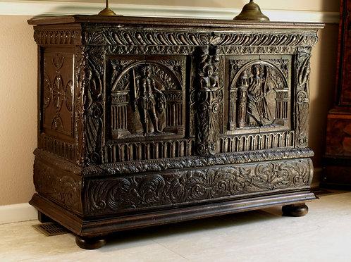 A French renaissance oak coffer, circa 1600  (M09)