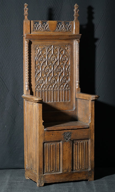 A good French gothic oak throne chair, late 15th or early 16th century