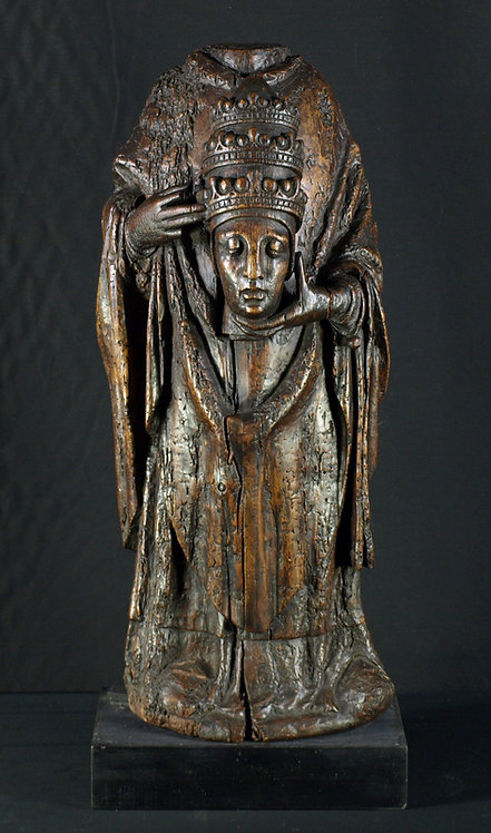 A large French wood sculpture of St. Denis, 15th century  (Q35)