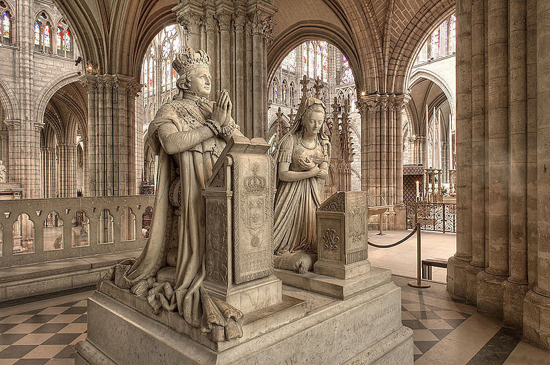 La royauté de Versailles à Saint-Denis -Louis_XVI_et_Marie-Antoinette @Eric Pouhier LicenceCC