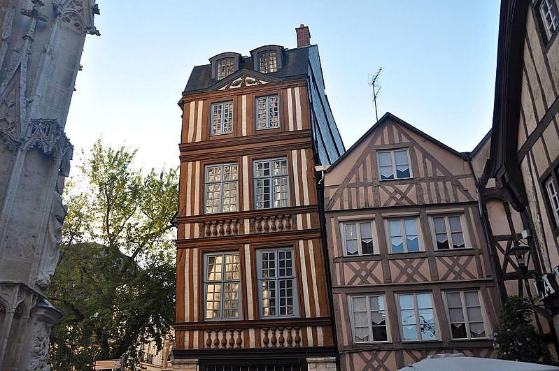 Photo d'architecure à Rouen - Herbert Frank sur Wikimedia Commons