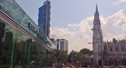 Iglesia del Carmen Metro Station