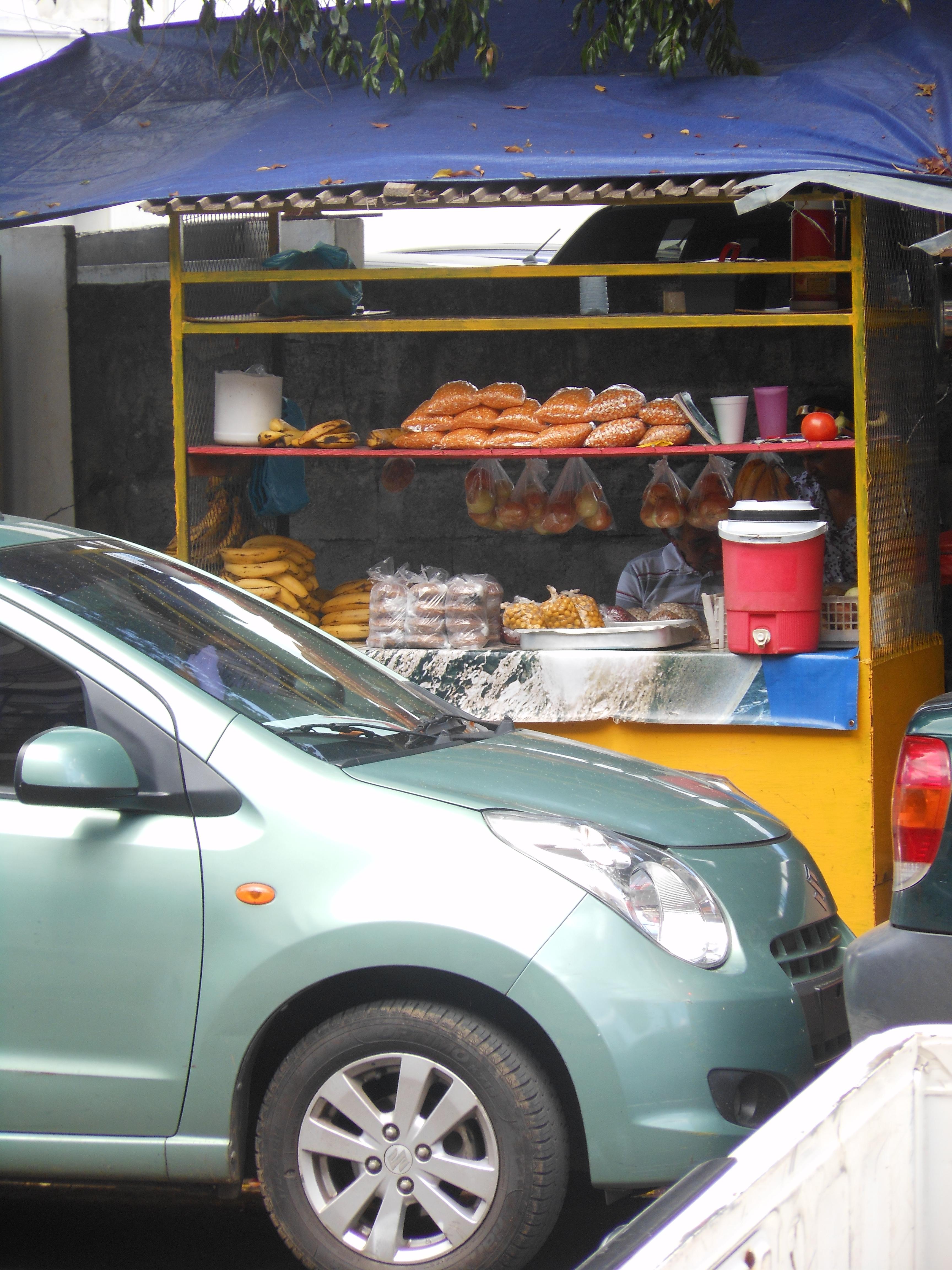 Street vendors in David