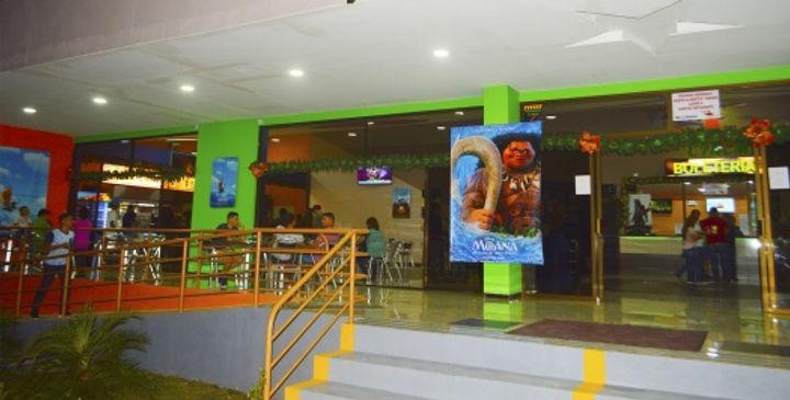 entrada_pacific_cinema.jpg