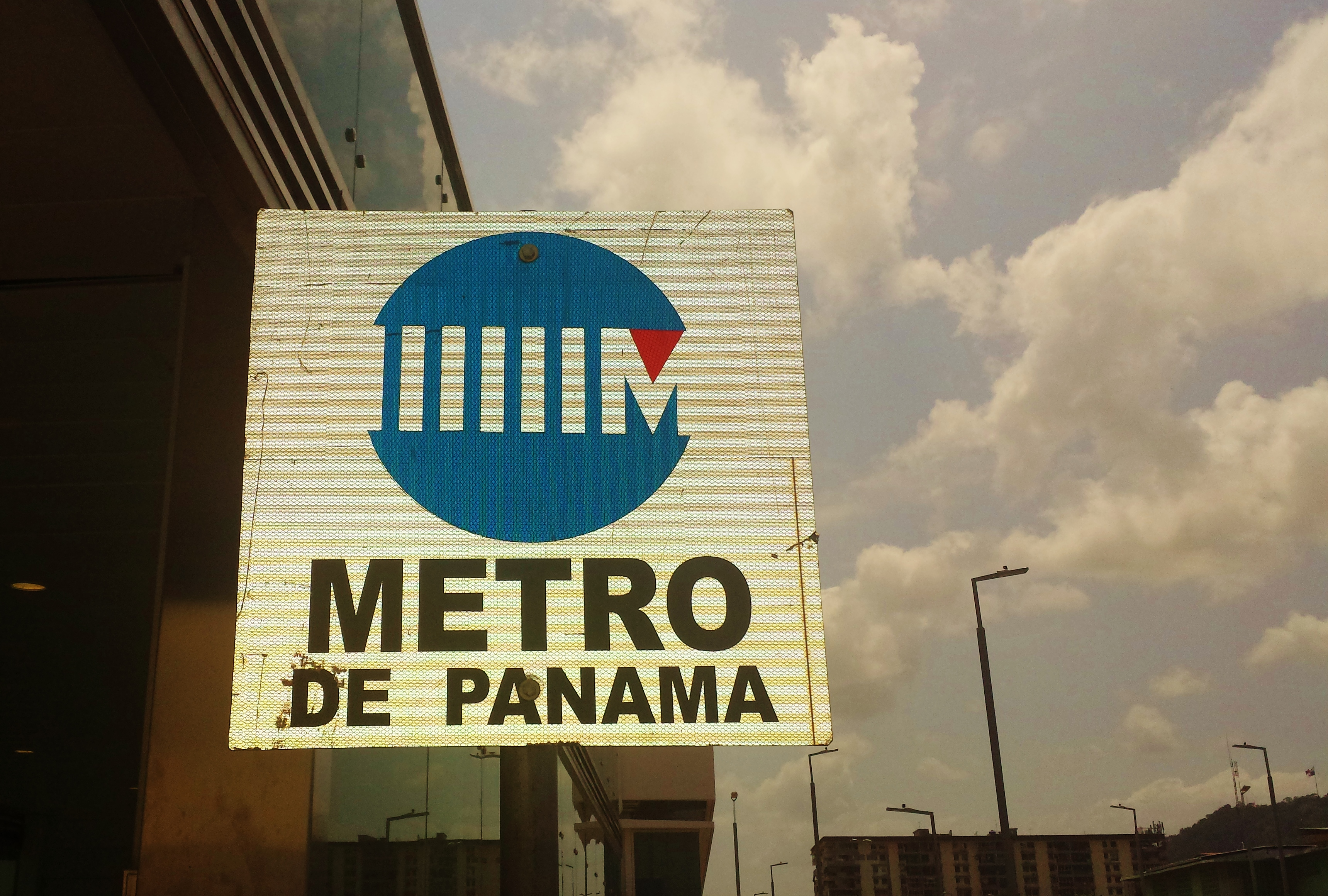 Sign for the Panama City Metro