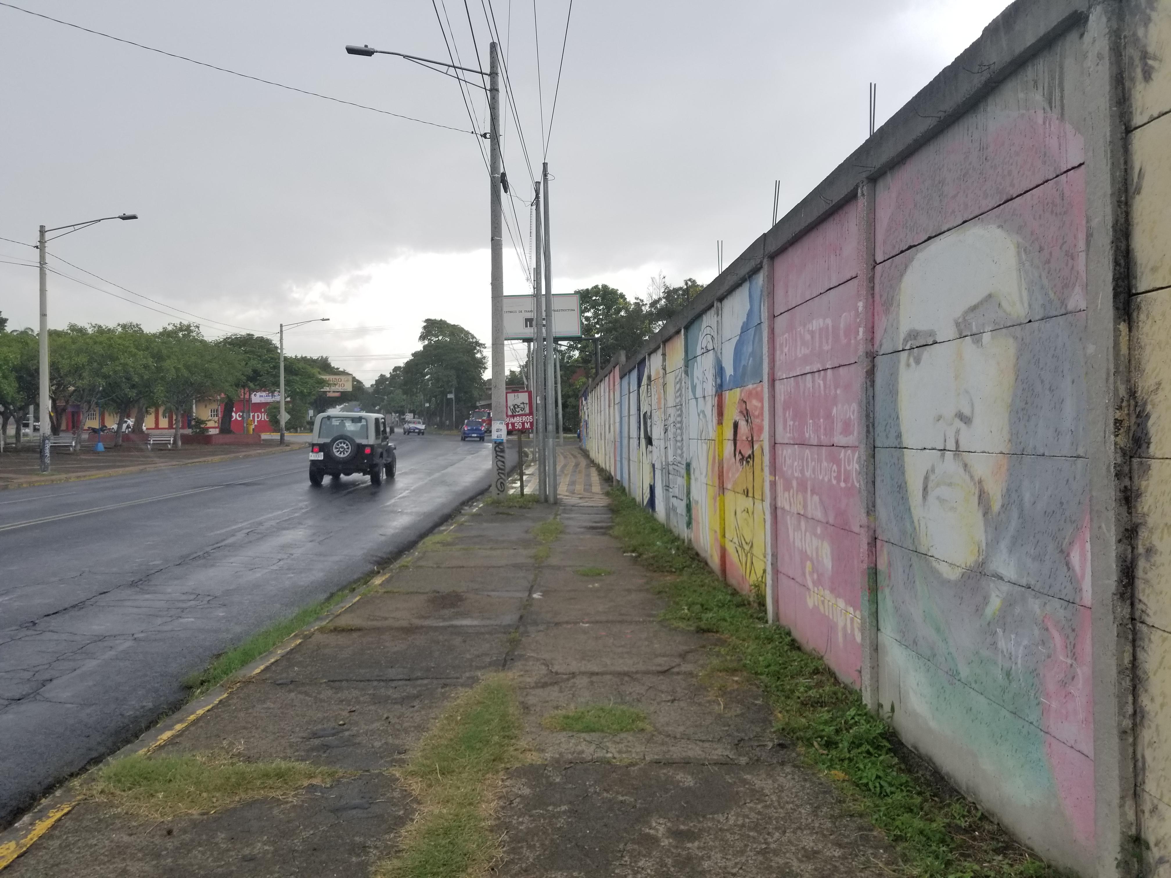 20170830_roadside_mural_near_museo_de_las_victorias_and_parque_general_sandino managua, nicaragua (2