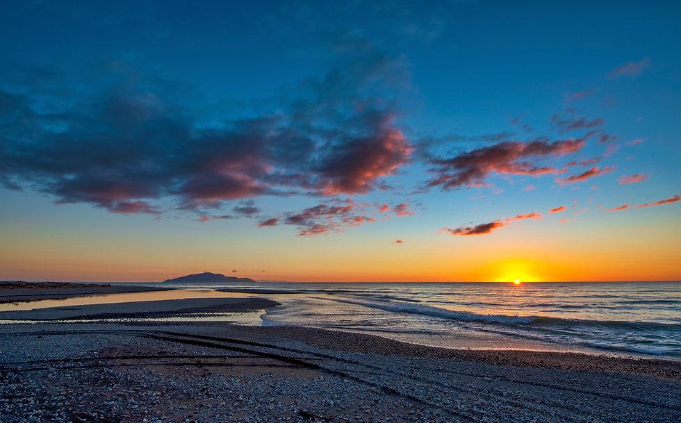 A lovely sunset at Otaki Beach on the Kapiti Coast near Wellington in New Zealand's North