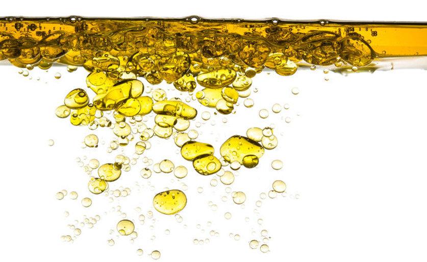 o-oleo-misturado-com-agua-pode-provocar-prejuizos-ambientais-56dda0c1b0be9.jpg