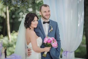 Свадебный фотограф СПб, выездная регистрация и фотосессия для молодоженов.