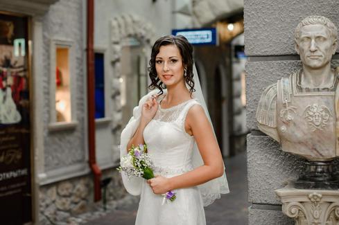 свадебная фотосессия в отеле СПб.jpg