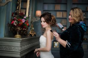 Фотосессия сборы невесты СПб, фотосъёмка в студии.