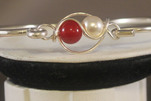 Front View of RUBY/PEARL BRACELET