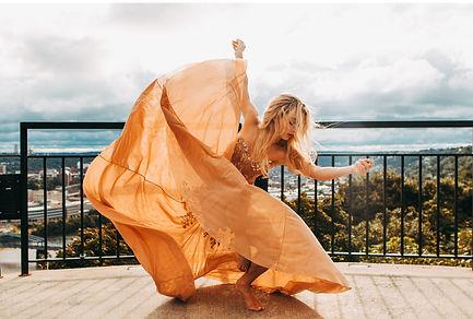 Endahl dancer pic.jpg