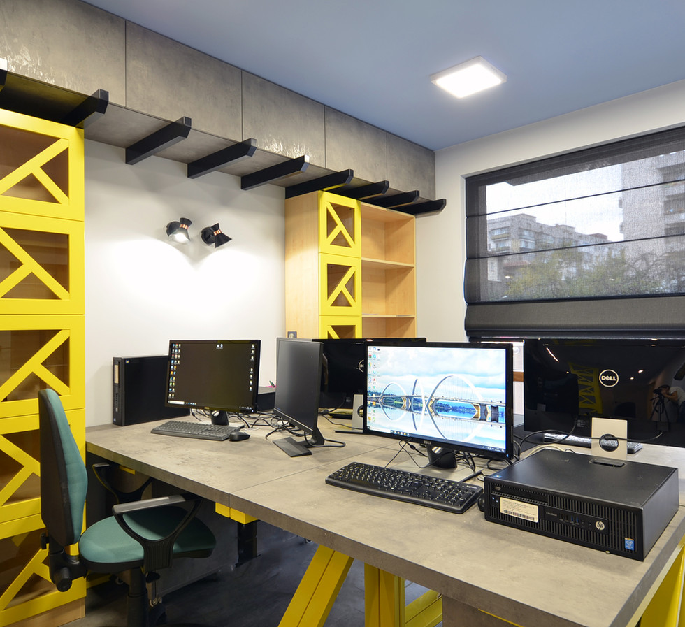 Работне места и зона за документи