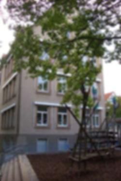 leinbachschule_hinten.jpg