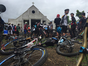 Bisikleta Iglesia Turns Cycling to Prayer
