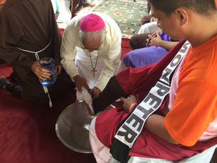 Inmates Hear Message of Hope in the Washing of the Feet