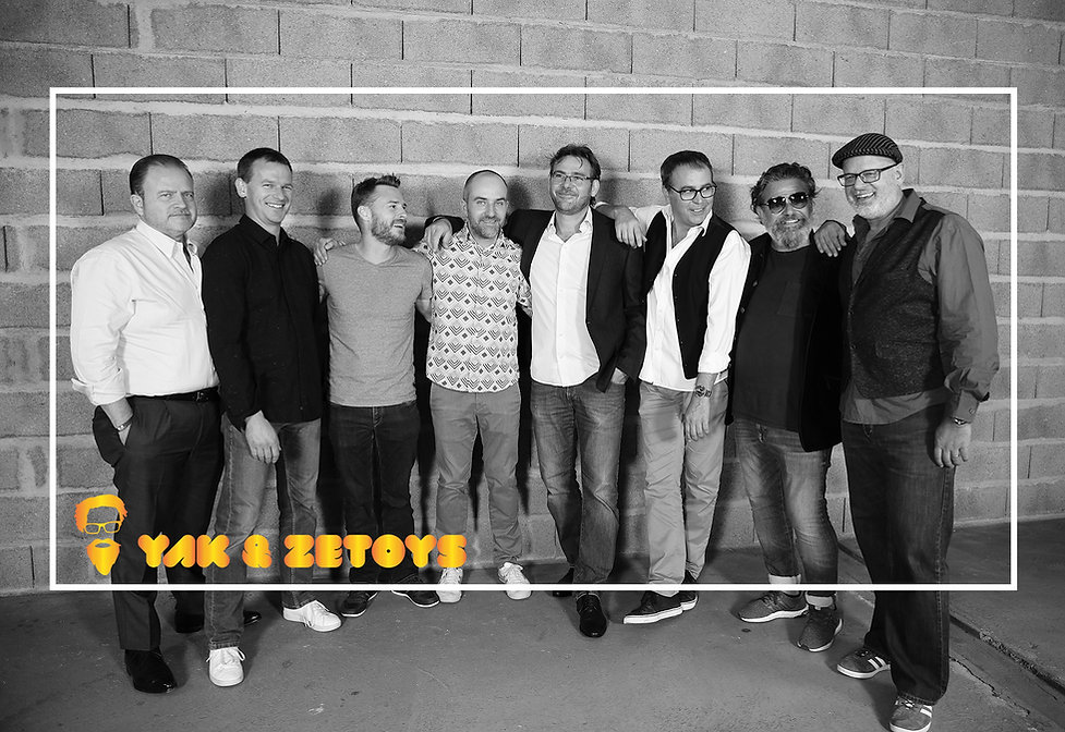Yak&Zetoys_bw_v4.jpg