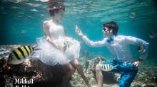 Подводная свадьба в океане