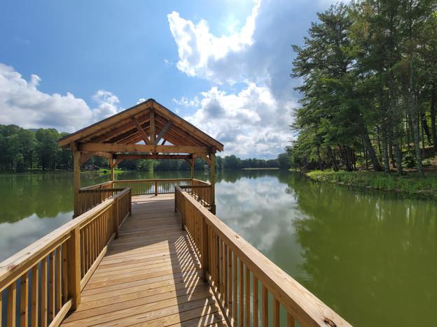 Yonah Mountain Lake