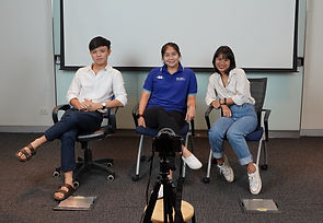 Photo of Kaew with YAAR Thailand Youth Advisory Group members
