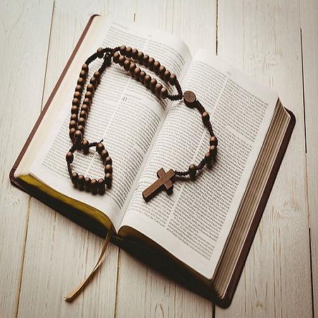 rosario y biblia 1.jpg