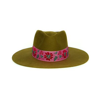 Timeless Hat Olive SS21