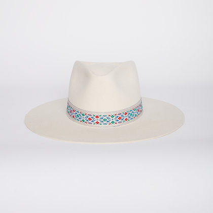 Timeless Hat Sour Cream SS21