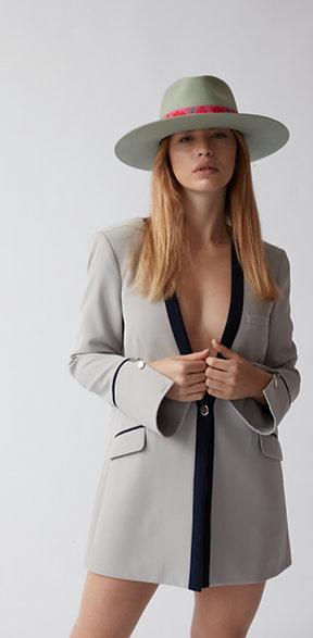 Blazer Feminino Estruturado Dazzling Seduction FW20