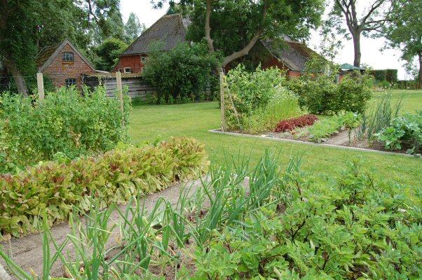 Boerderij en tuin