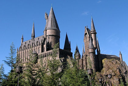 800px-Wizarding_World_of_Harry_Potter_Ca