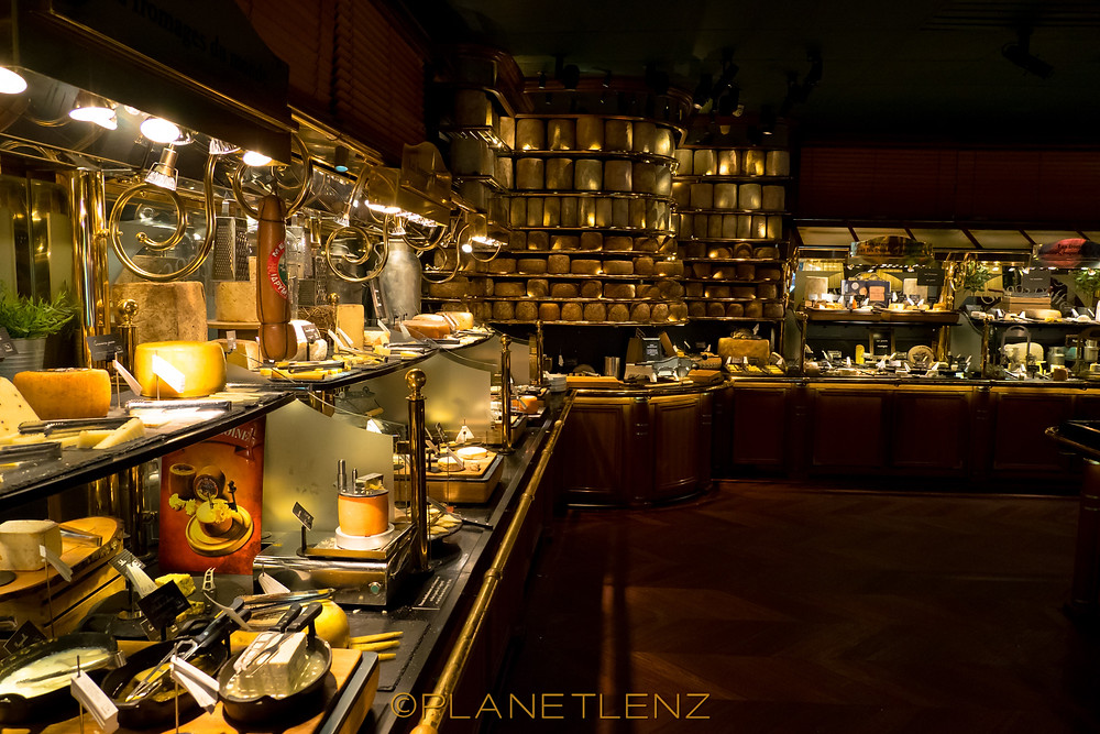 worlds largest cheese buffet at les grands buffets de narbonne