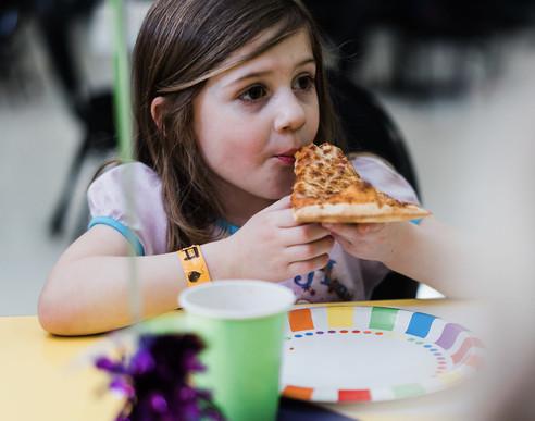 BirthdayGirl_Pizza.JPG