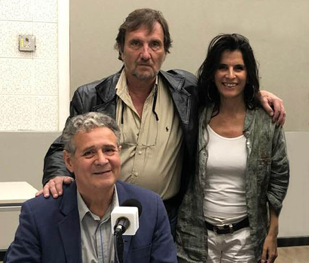 Entrevistando al poeta Juan Villafañe y Débora Infante