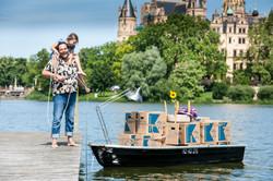 Schwerin_Schloss_Segelboot_Optimist_Martin_Neuhaus_-2976_bearbeitet