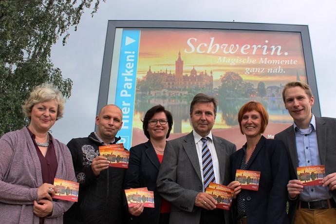 """""""Schwerin. Magische Momente ganz nah."""""""