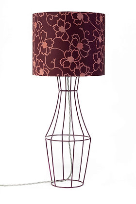 Aubergine Figura table lamp with vintage lampshade