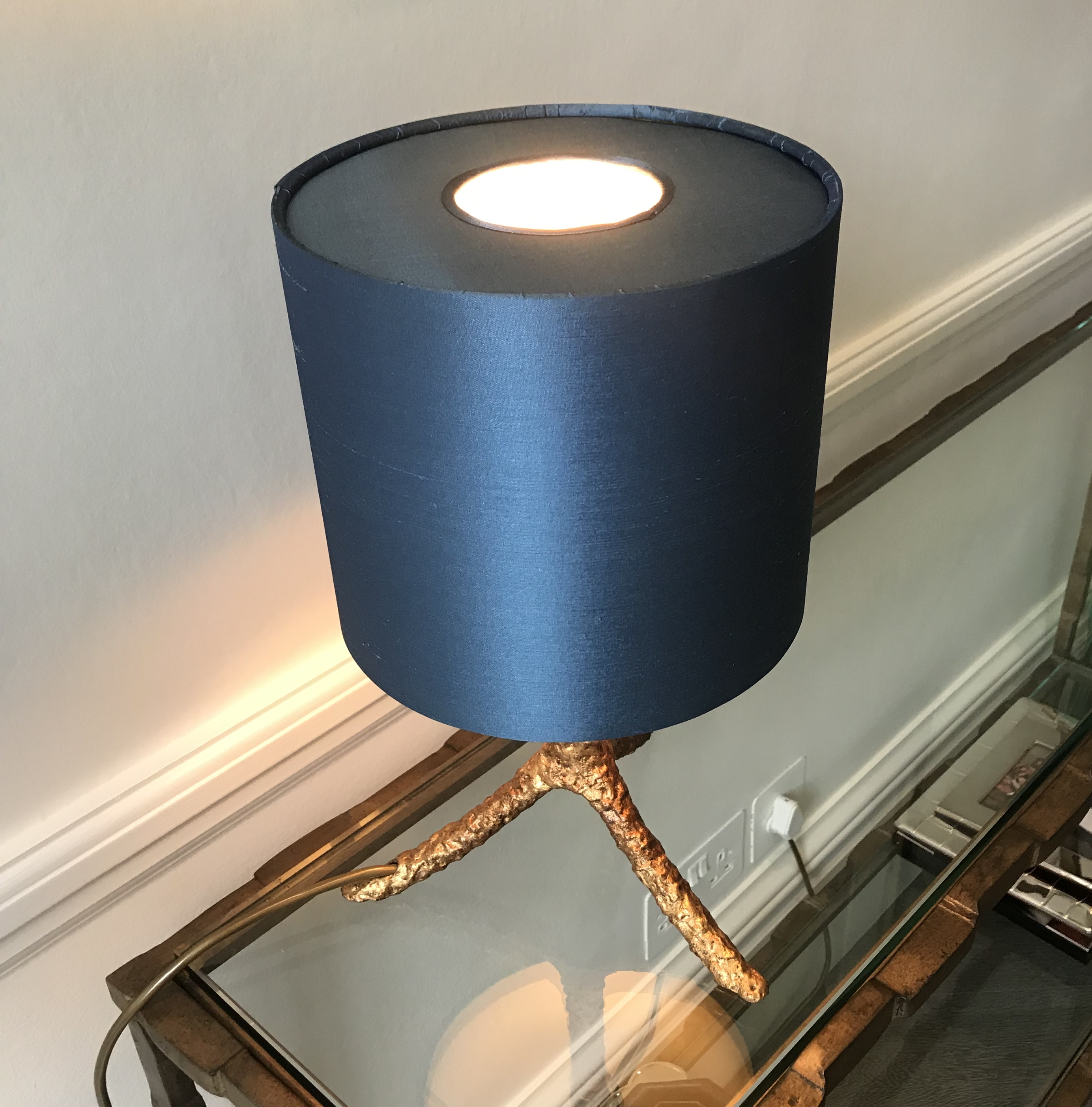 Bespoke lampshade with a diffuser