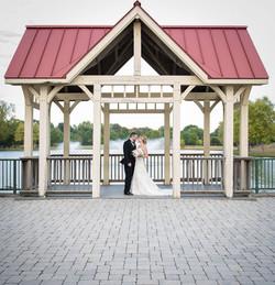 water fountain wedding photo