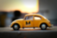 Le Blog - Yellow Car Logo