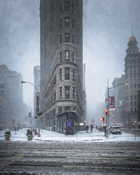 MICHELE PALAZZO: MAGIC NEW YORK IN THE SNOW