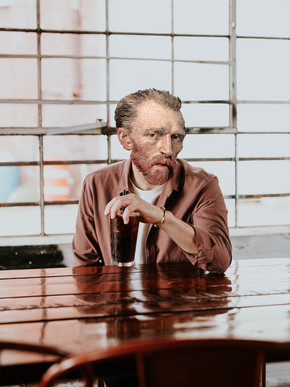 MIKESHAKE CREATIVE STUDIO: VINCENT, AN ORDINARY LIFE, OU VAN GOGH 120 ANS PLUS TARD