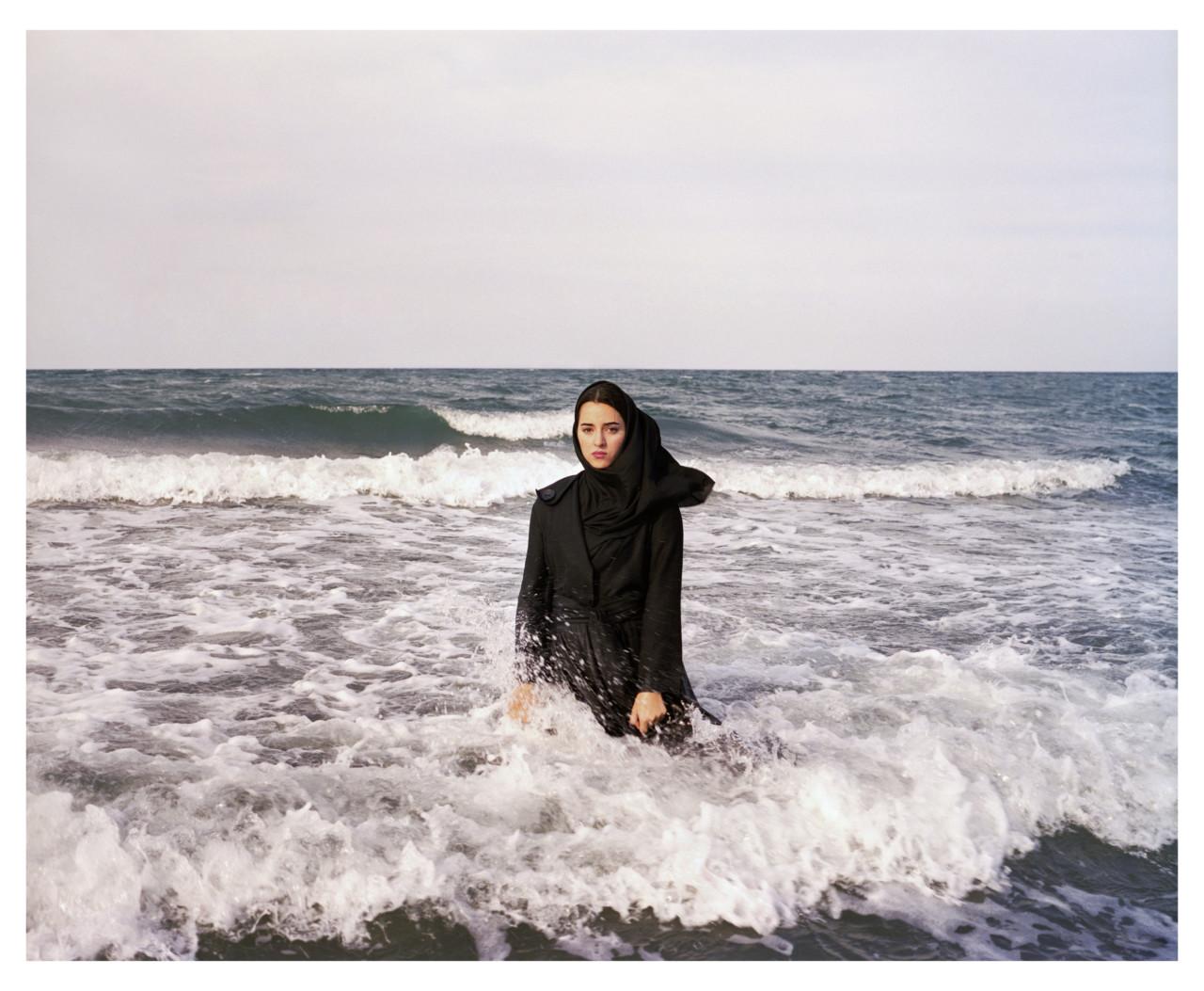 2011, Newsha Tavakolian.