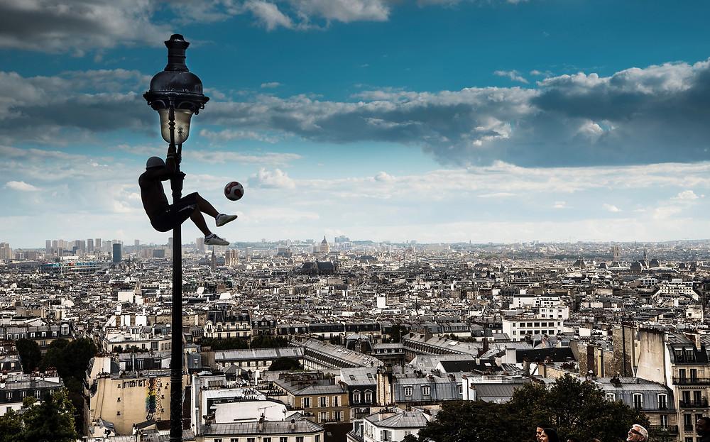 SKANDER KHLIF: PARIS, PARIS, PARIS, L'AUTHENTICITÉ DE LA VIE QUOTIDIENNE