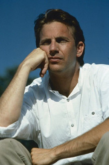 20 Photos of Kevin Costner in the 1980s and 1990s