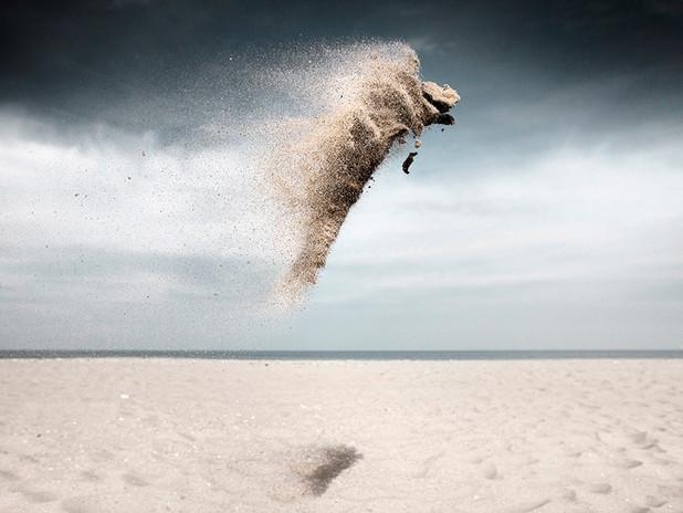 CLAIRE DROPPERT: SAND CREATURES, UNE SENSATION DE SILENCE